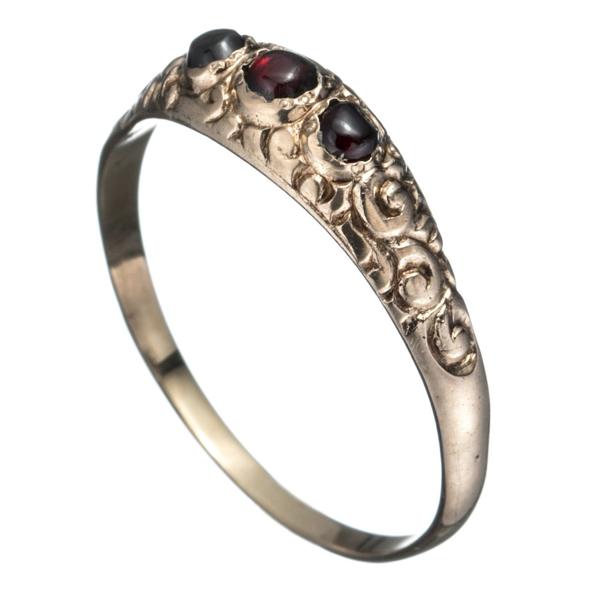 1800s Victorian 10K Gold with Garnet Ring :: Antique Jewelry :: Featured :: Alexis Bittar