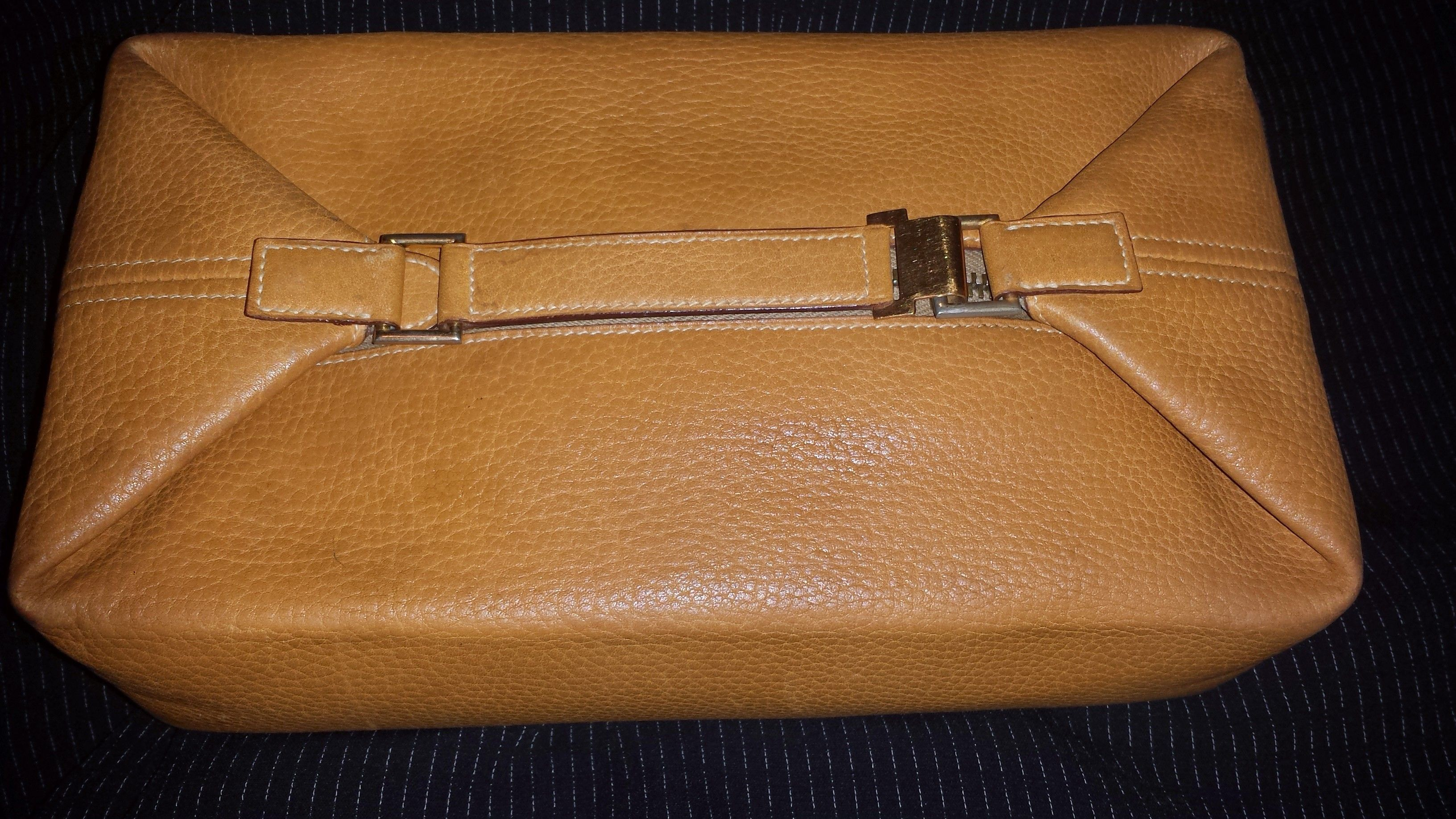 91a3e3c822 Vintage Hermes toiletry bag found for  1.50.