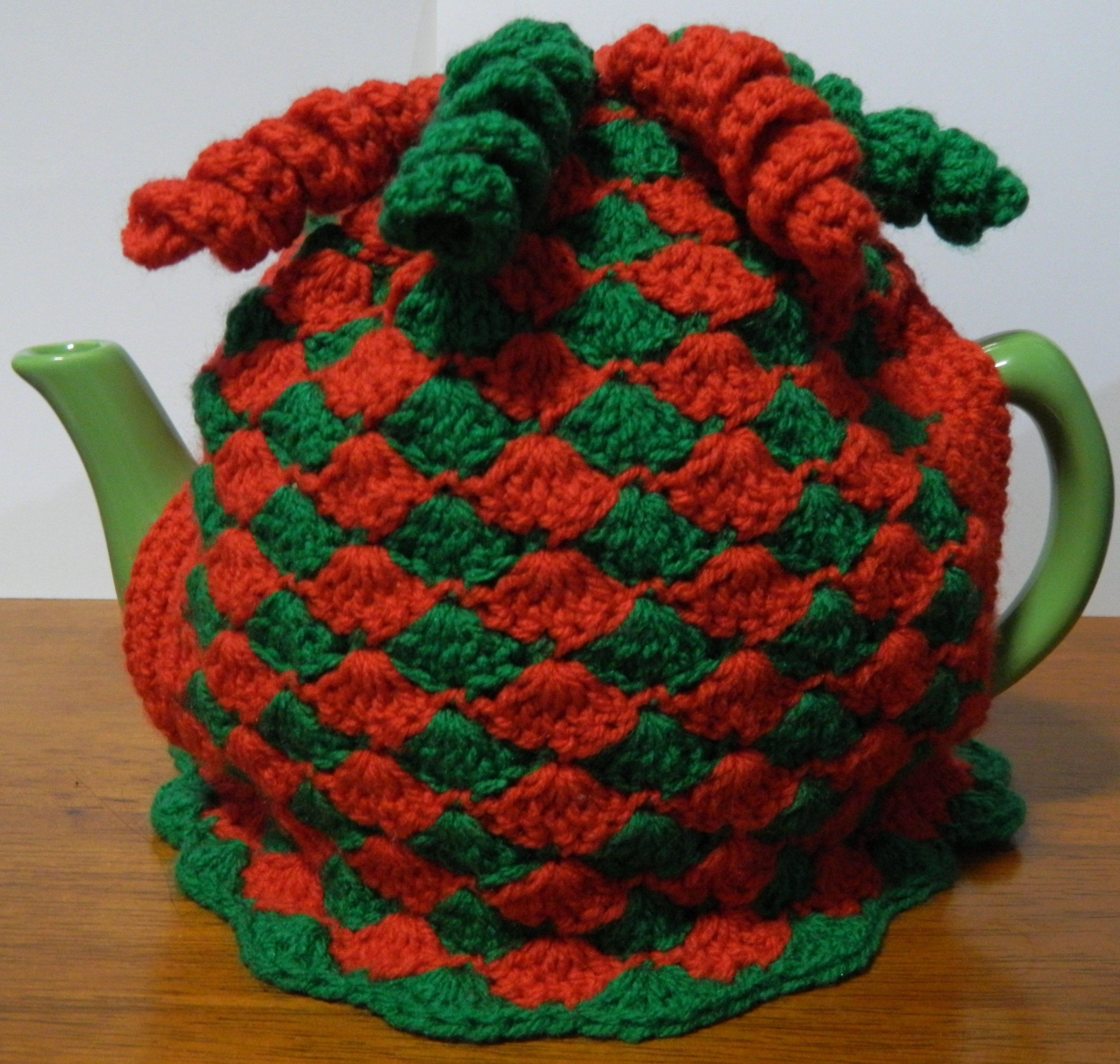 Christmas Tea Cosy in Red and Green