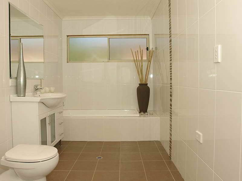 tile design ideas for bathrooms with nice colour - Bathroom Tile Ideas Colour