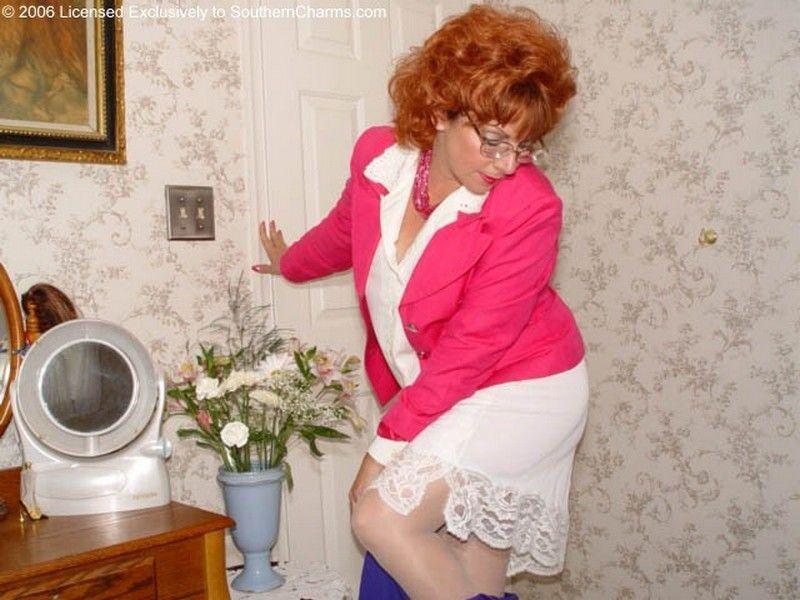 dawnalinda retired southern charms lingerieaddicted