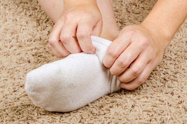 How to Get Rid of Dry, Crusty Skin on My Feet Naturally