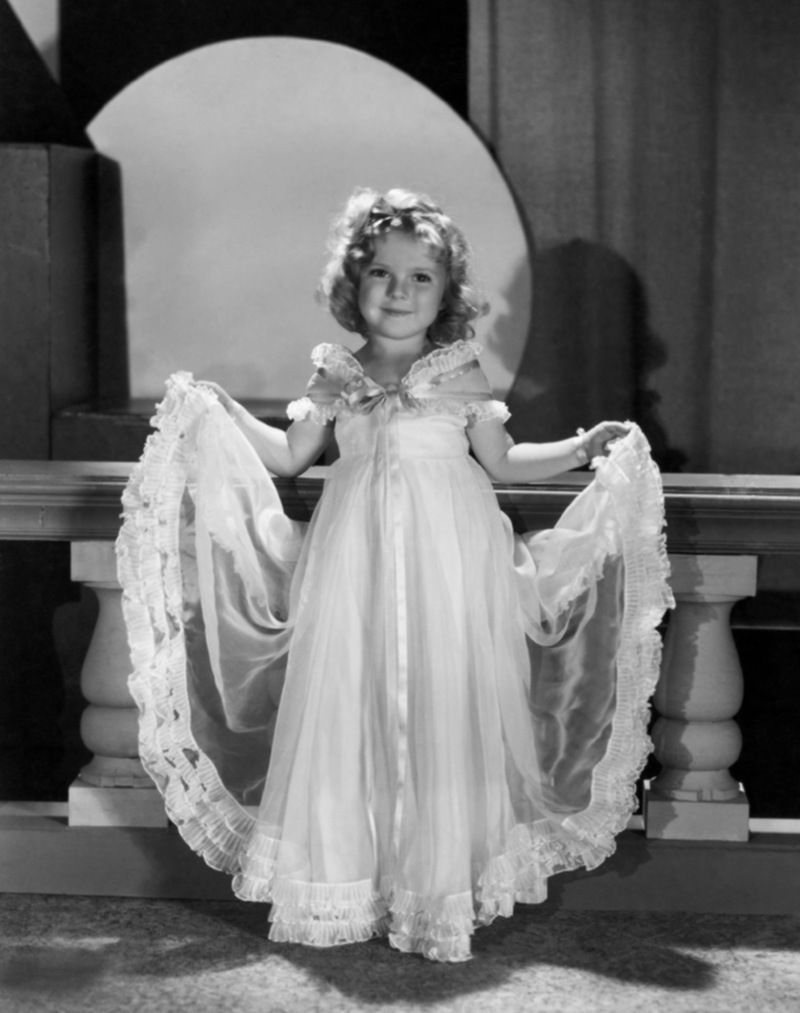 shirley temple | Shirley Temple Reached Superstar Status as a Child Actress