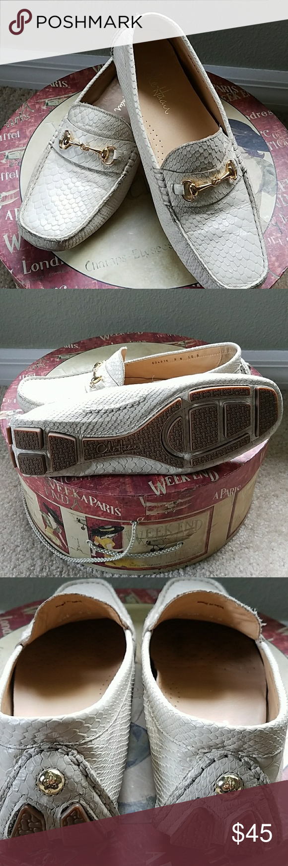 Beautiful Cole Haan loafers Great condition, gold hardware clean, classy and comfortable! Cole Haan Shoes Flats & Loafers