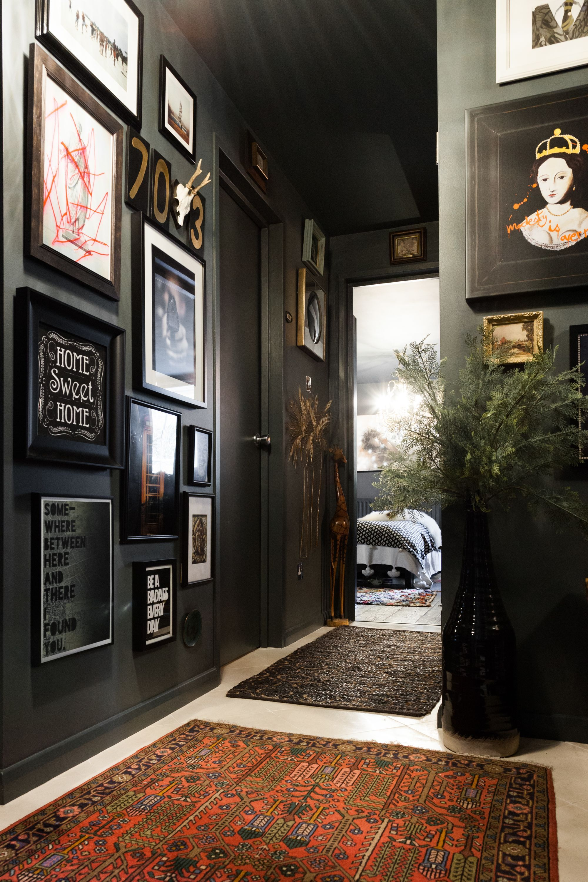 A Dramatic Maximalist London Flat Is Dark Eclectic And Cool Apartment Interior Apartment Interior Design House Design