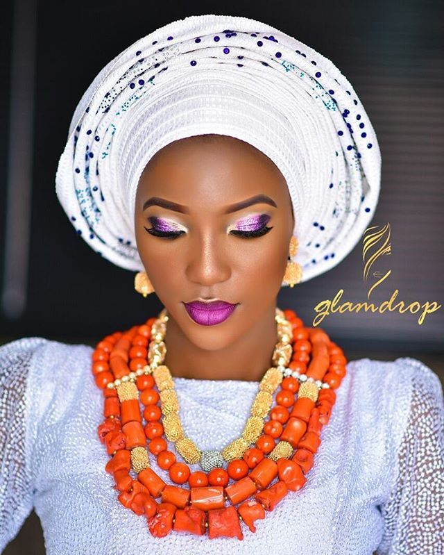 For the love of coral, beautiful beads by @moyindaves #weddingnigeria #weddingaffair #weddingdigestnaija #asoebiafrica #africansweetheartweddings #nigerianweddinggallery #nigerianwedding #ms_asoebi #theknotnbeyond #tradlookbook #owanbenaija #9naijabrides #lovelietmakeup #loveweddingsng #everythingbrightandbeautiful_ #everythingweddingint #asoebispecial #naijalifemagazine #naijabestmua #bellanaijaweddings #sugarweddings #nuptialsandmore #yorubaweddings