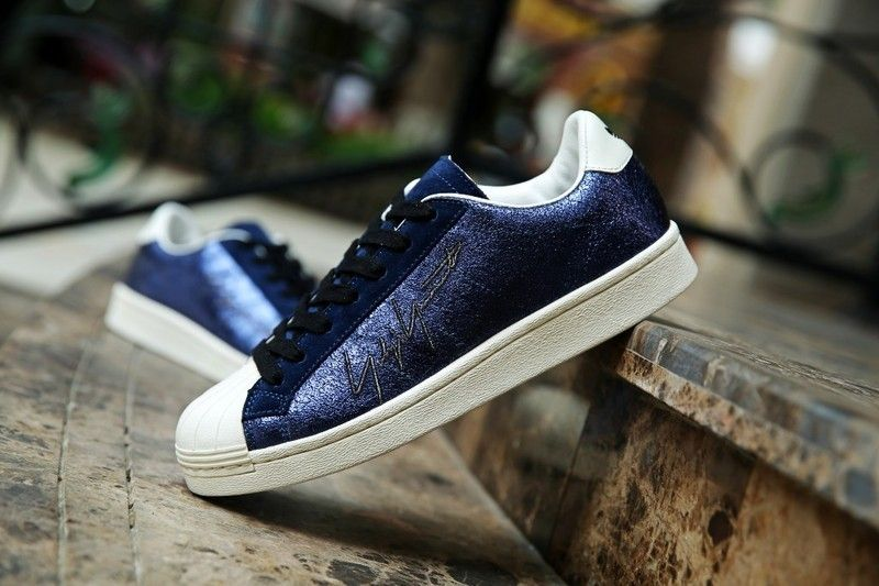 low priced fbb1b 4c9bf adidas Originals Superstar 80s