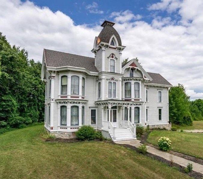 Beautiful Victorian House, Lapeer, Michigan