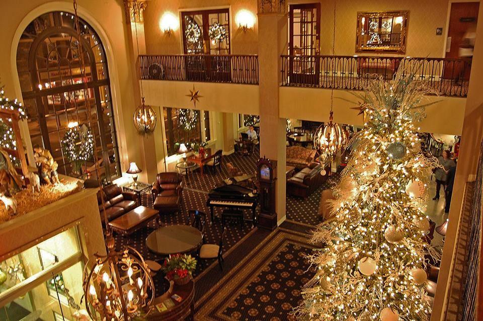 Hotel Bethlehem At Christmas