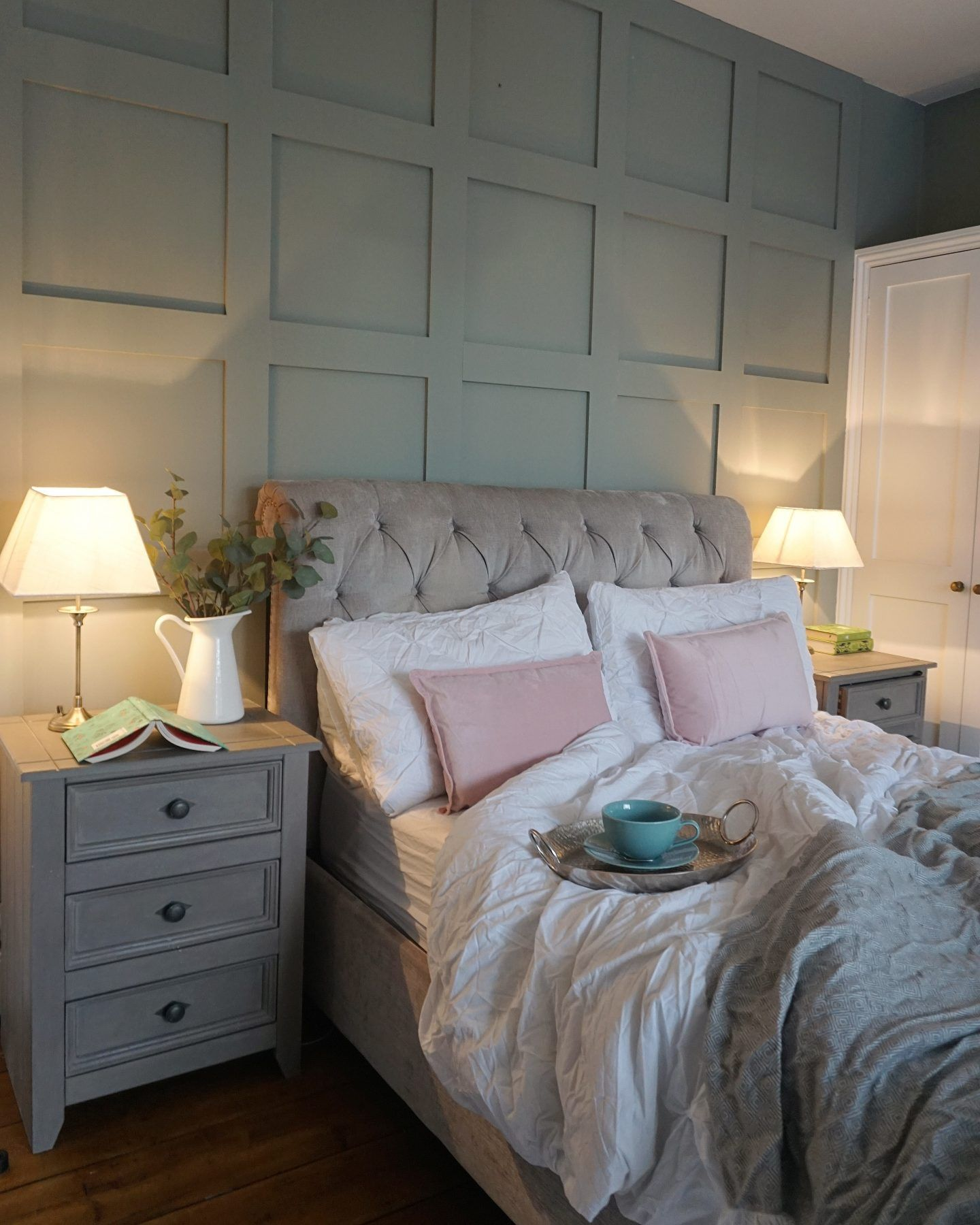 Wood Panel Bedroom Ideas