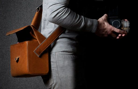 leather bag photography - Google'da Ara