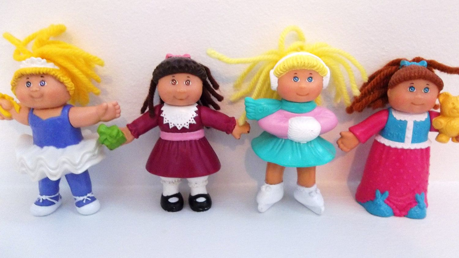 Cabbage Patch Kids Doll Figurines Set Of 4 1992 Etsy Cabbage Patch Kids Dolls Cabbage Patch Kids Cabbage Patch