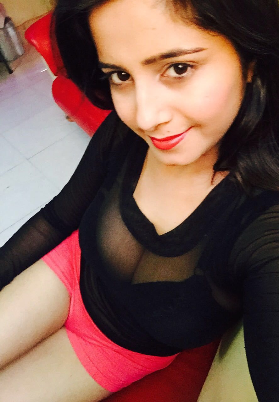 The Hot And Sexy And Most Cute Girls Models Selfies Of Indian Teen Age Girls In Which They Are Looking So Beautiful These All Masala Pics