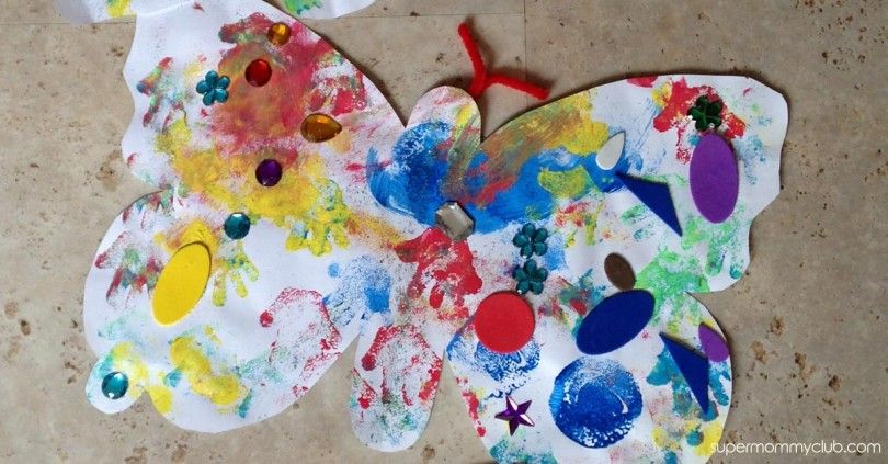 This butterfly painting craft is so much fun and simple enough for the youngest of toddlers. And when it's finished it would make the perfect gift for grandma!