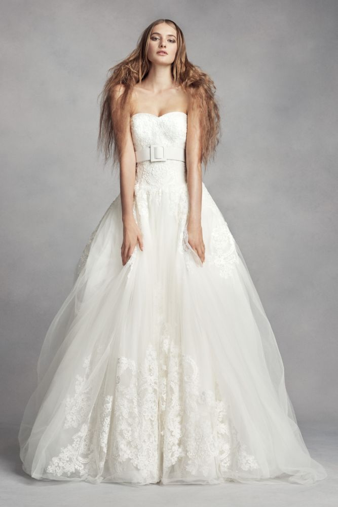 Elegant Tulle White by Vera Wang Lace Ball Gown Wedding Dress Wedding Dress Ivory