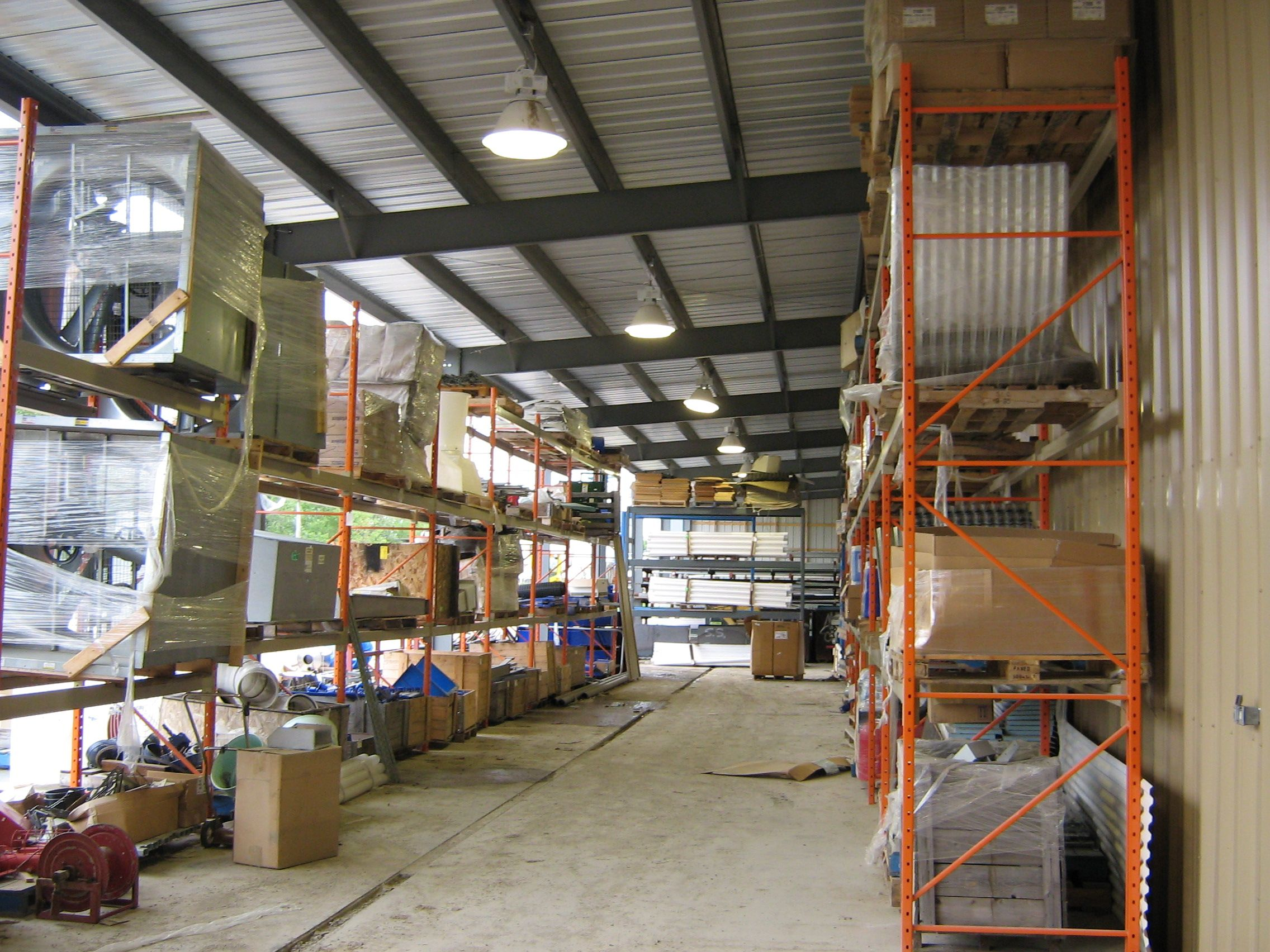 Warehouse-3.jpg (2272×1704)