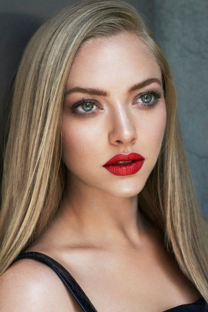 Mimic the Muse Amanda Seyfried Fair skin makeup, Pale