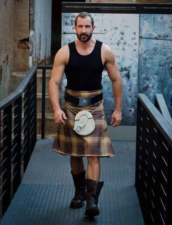 You certainly never see tough dudes wearing them. | 22 Photos That Prove Men Should Never, Ever Wear Kilts