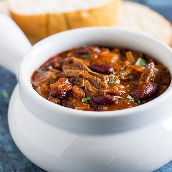 Slow Cooker Chili Con Carne Recipe Yummly Recipe Slow Cooker Chilli Slow Cooker Chili Crockpot Recipes Beef