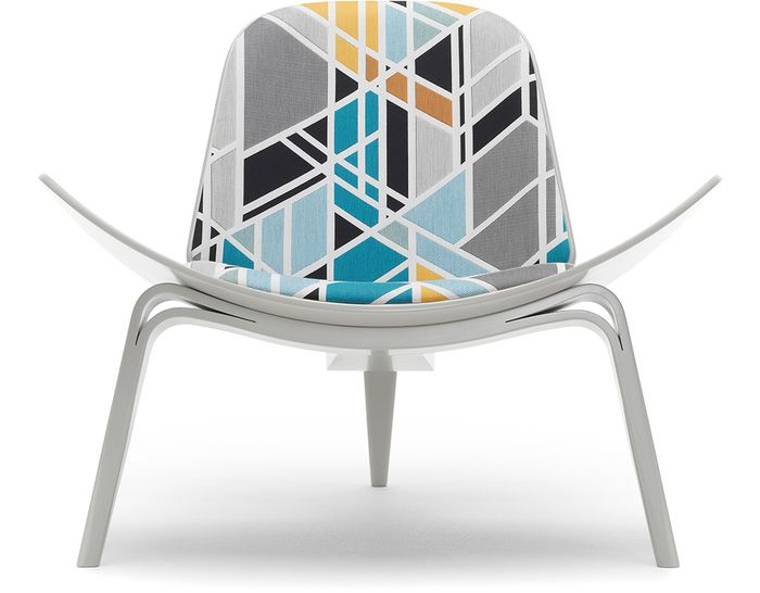 Hans Wegner Maharam CH07 Shell Chair Project for Carl Hansen