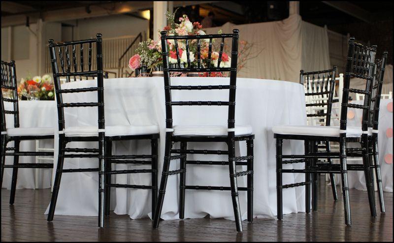 Classy Black Chiavaris Chiavari Chairs Comfortable Living Room