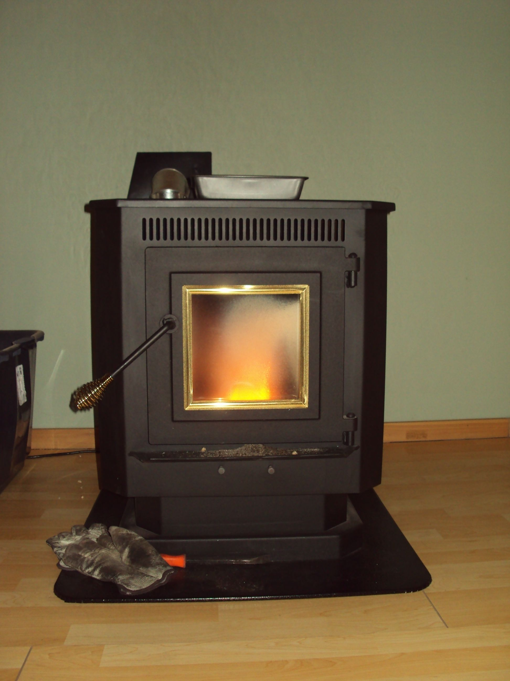 wood pellet stove review from a real owner help save on fuel bills rh pinterest com