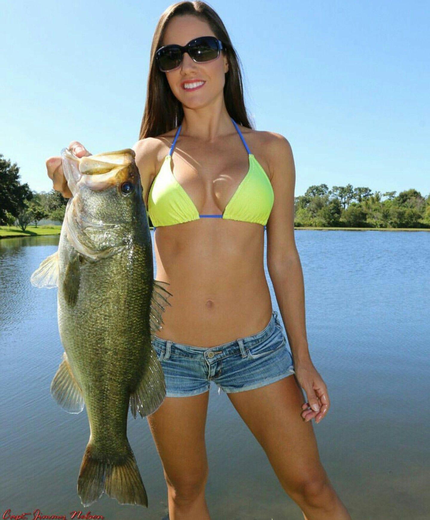 Bass fishing bikini bassfishing basspro bass for Women fishing in bikinis