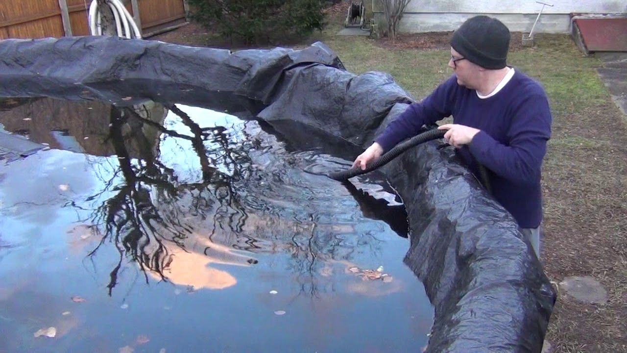 Drain water from swimming pool cover quickly without pump