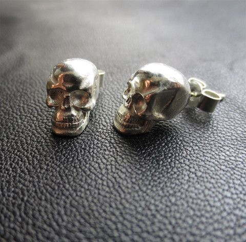 Love the skull #jewellery at #camdentown http://www.camdentown.com/collections/vendors?q=Eve+Odette