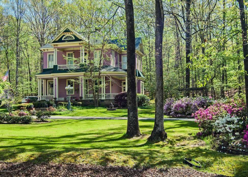 pin by debbie means on historic house victorian homes exterior rh pinterest com