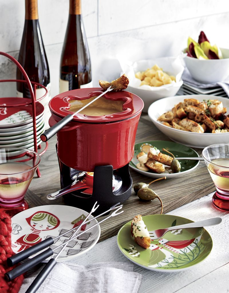 Red Cast Iron Fondue Set In 2020 Fondue Party Fondue Wine And Cheese Party