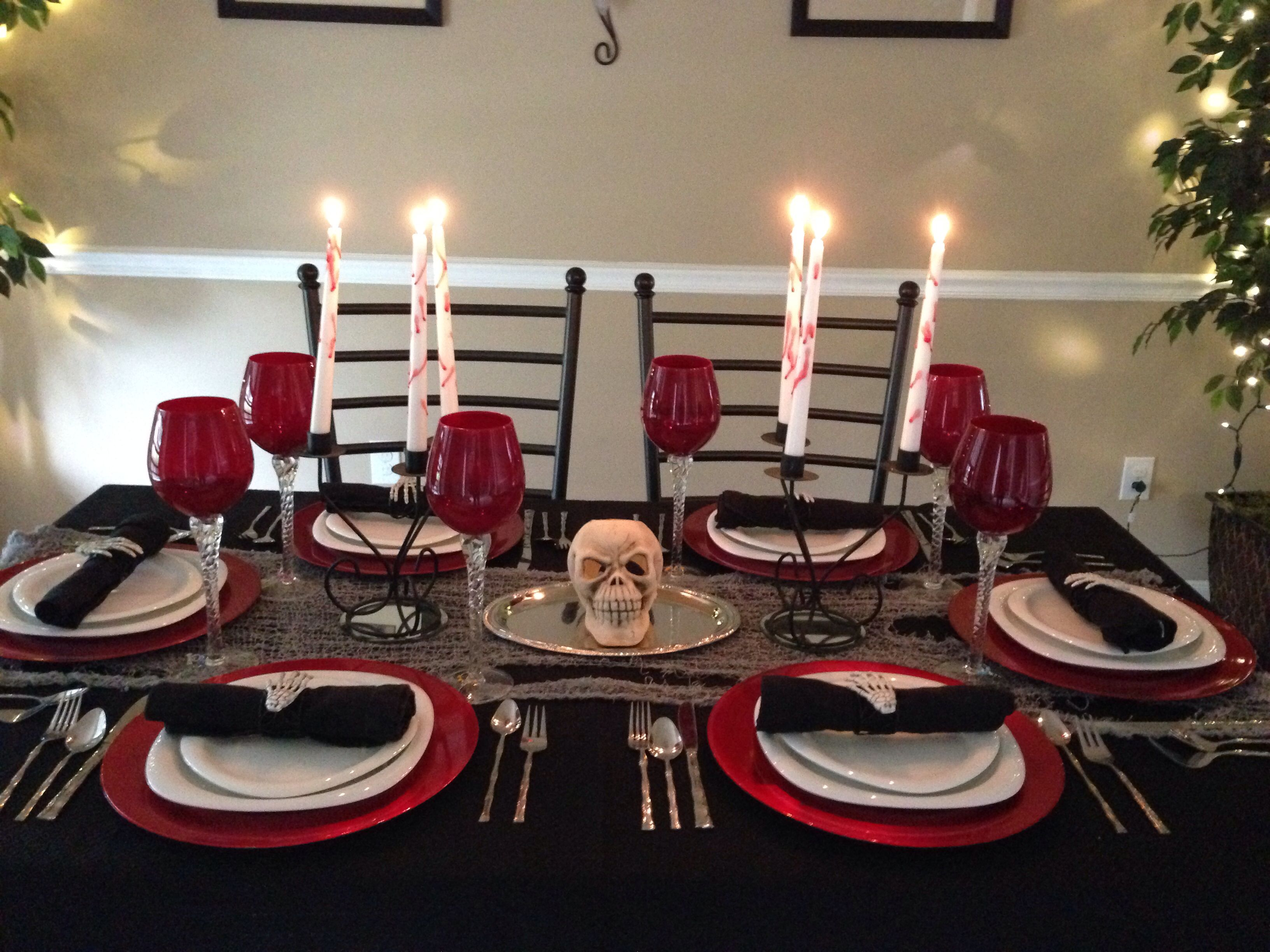 Halloween Halloween Pinterest Halloween dinner parties - Halloween Table Decorations Pinterest