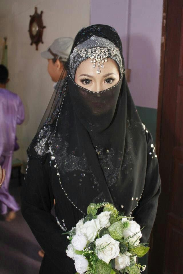 Niqabi malaysia bride hijab bride muslim wedding dress for Wedding dresses for muslim brides