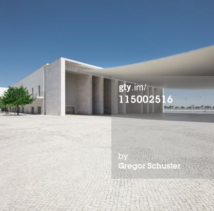 Stock-Fotografie: Place in front of the expo building