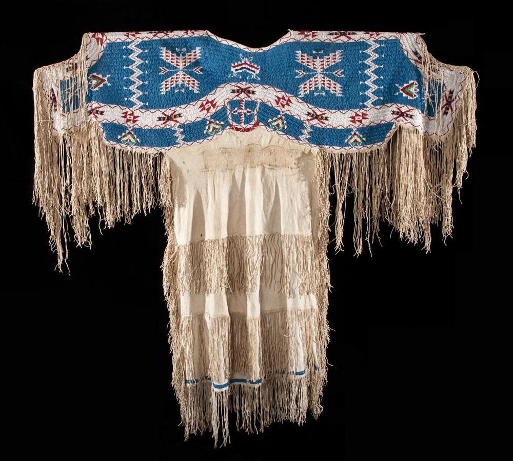 Sioux Dress | Lakota | Native american dress, Traditional
