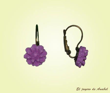 El Joyero de Anabel | www.eljoyerodeanabel.com | Pendientes de flor de resina colgantes