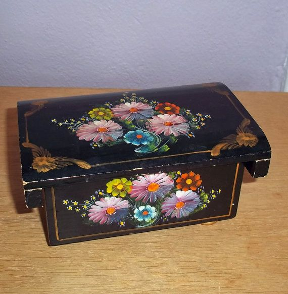 Vintage Hand Painted Lacquer Jewelry Box From Ecuador