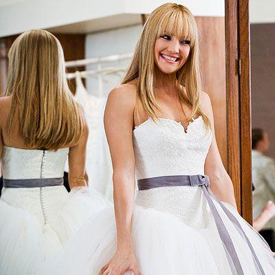 die besten 25 bride wars dress ideen auf pinterest kate hudson verheiratet vera wang und. Black Bedroom Furniture Sets. Home Design Ideas