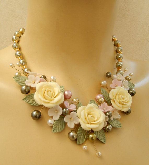 Reserved for Teresa - Bib necklace - Flower jewelry set - Pearl jewelry - Spring necklace earrings set - Handmade polymer jewelry #pearljewelry