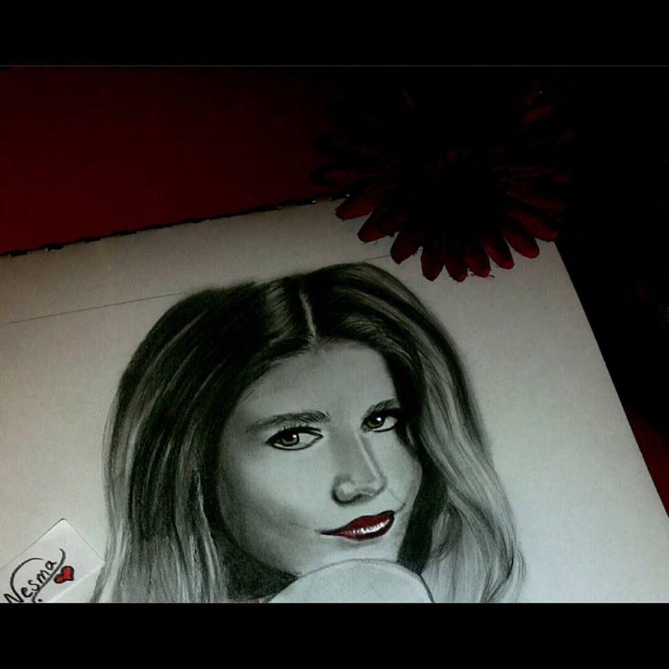 رسم نسمة أحمد Female Sketch Art Painting
