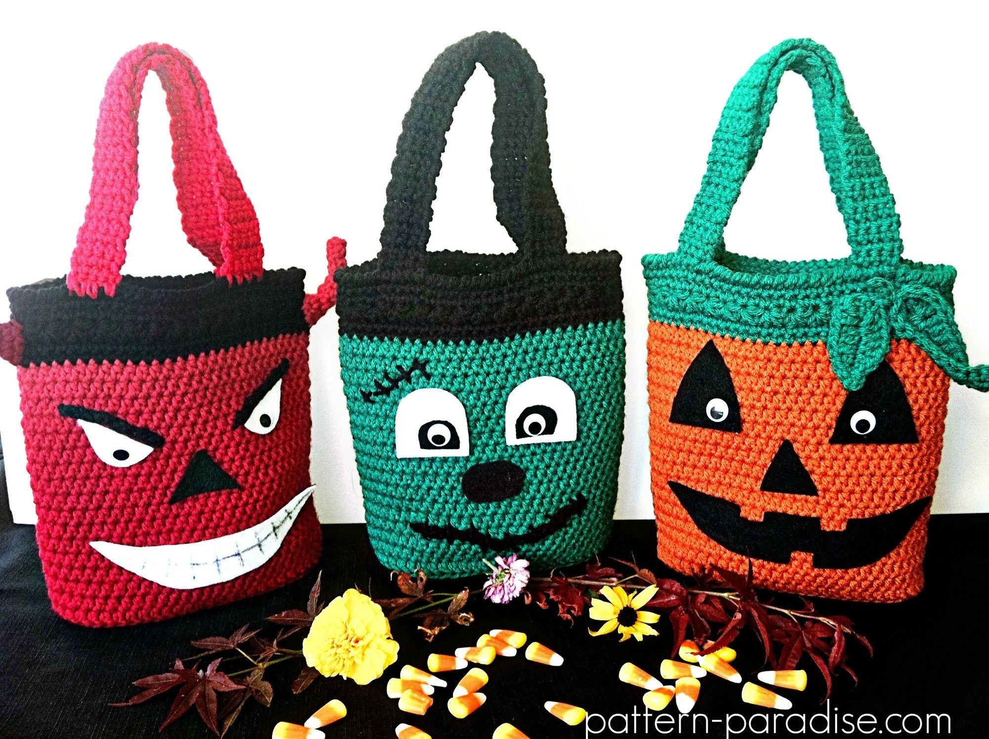 Free crochet pattern halloween bags by pattern paradise free crochet pattern halloween bags by pattern paradise bankloansurffo Image collections