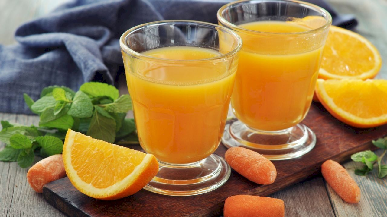 فوائد عصير البرتقال والجزر Juicing Recipes Pineapple Orange Juice Orange Juice Recipes
