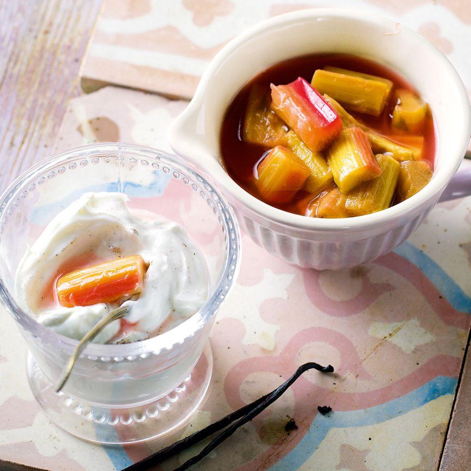 Rhabarberkompott mit Quark | Recipe | Rhubarb recipes and Recipes