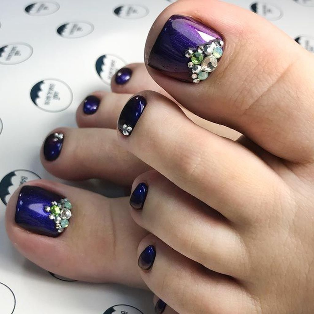 Cool 31 Totally Cool Valentines Day Toe Nails Designs Ideas Http
