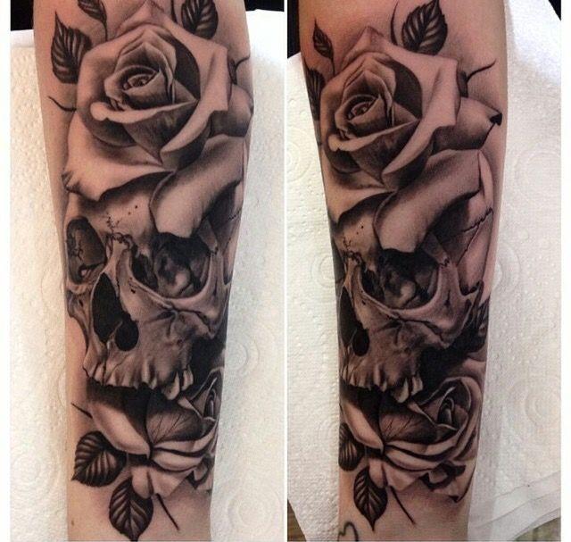 Pin By Kimann Manning On Tattoo Ideas Skull Rose Tattoos Floral Skull Tattoos Rose Tattoo Sleeve