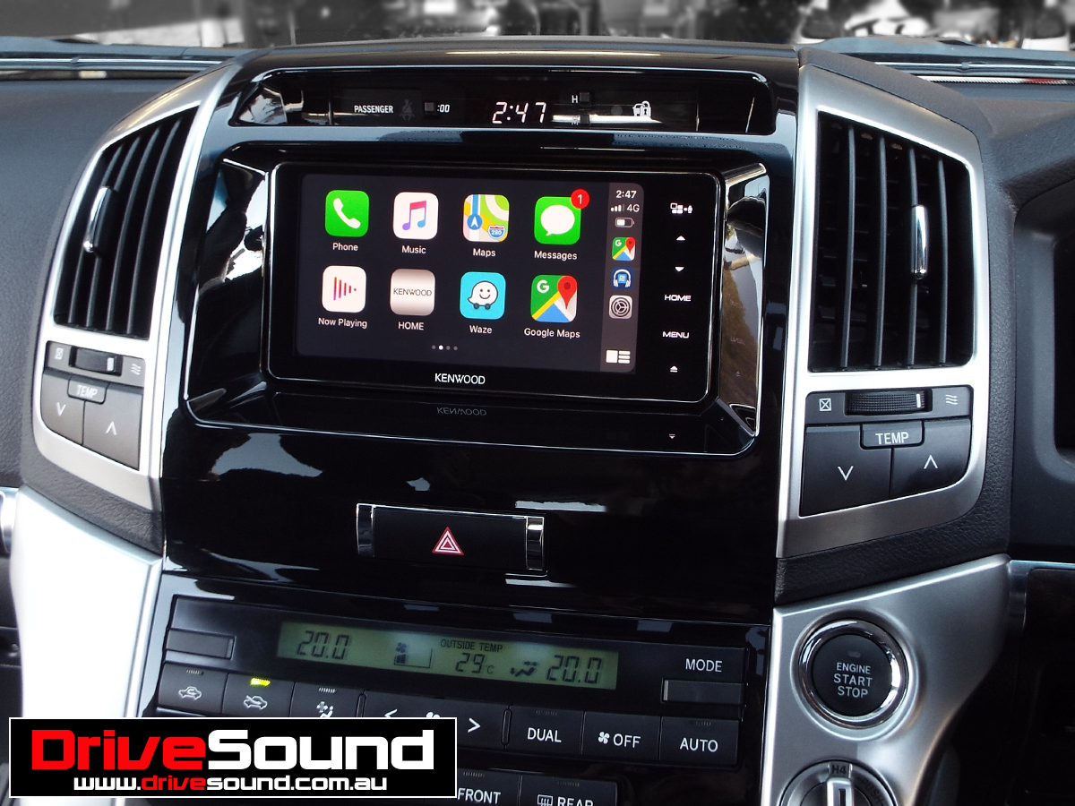 Land Cruiser 200 with Apple CarPlay installed by