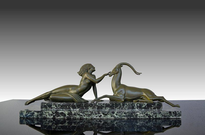 """1930.fr - Genuine iconic Pierre Le Faguays group : Seduction - Rare green marble base version of the iconic Pierre Le Faguays group Seduction. Excellent condition and patina. Signed """"fayral"""" Dimensions :67 cm x 13 cm x 22 cm / 26.5"""" x 5.1"""" x 8.7"""""""