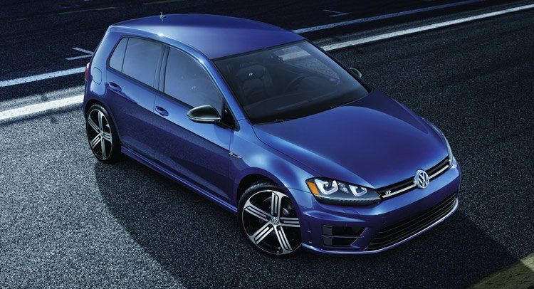 Here S A Clear Look At The Next Gen Golf S Minimalistic Interior Vw Golf New Golf Volkswagen Golf