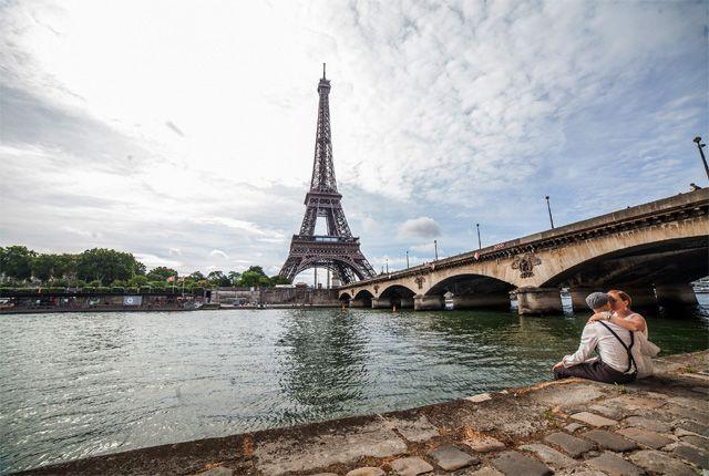 #HoneymooninFrance  #FranceTours  Visit the France Top #HoneymoonDestinations like Paris, Nice, Bordeaux etc with love and romance.