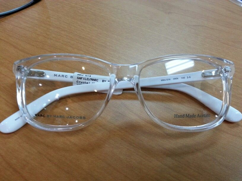 3661fd1f92 I m really liking these Marc by Marc Jacobs clear frame glasses. Retro in a  good way!